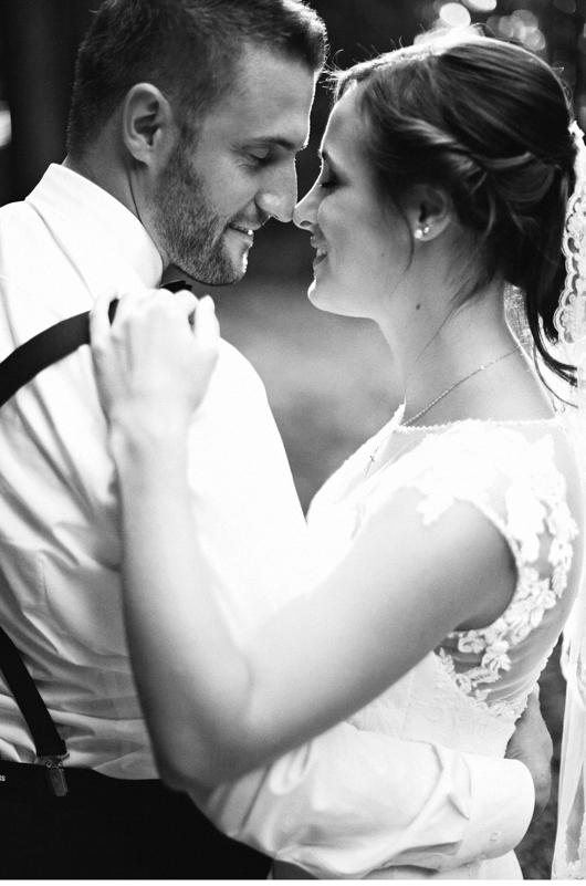 anita_schneider_anitaschneider_fotografin_hochzeitsfotografin_videografin_wedding_fineart_wald_bridal_brautstrauss_13