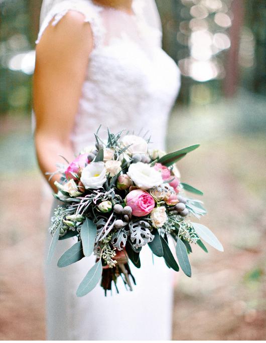 anita_schneider_anitaschneider_fotografin_hochzeitsfotografin_videografin_wedding_fineart_wald_bridal_brautstrauss_2
