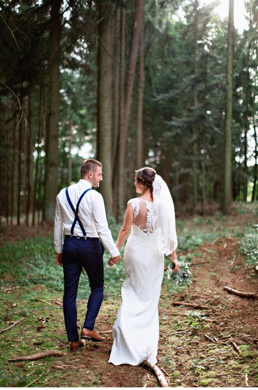 anita_schneider_anitaschneider_fotografin_hochzeitsfotografin_videografin_wedding_fineart_wald_bridal_brautstrauss_3